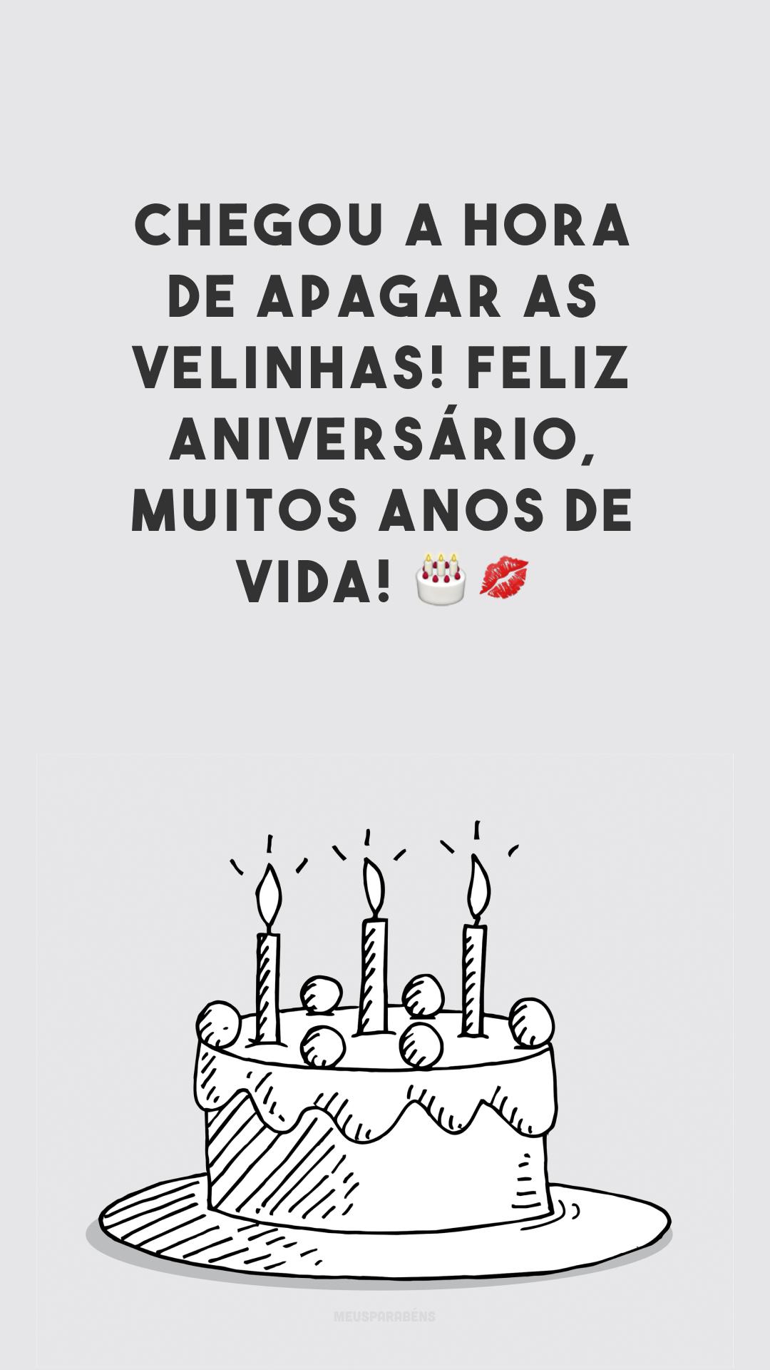 Chegou a hora de apagar as velinhas! Feliz aniversário, muitos anos de vida! 🎂💋