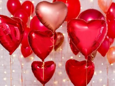 40 frases de aniversário para namorado distante que amenizam a saudade