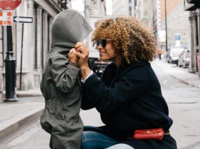 40 frases curtas de aniversário para tia que homenageiam essa segunda mãe