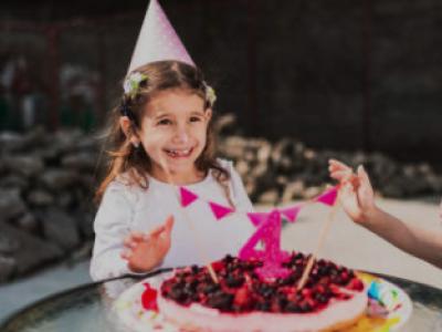 30 frases de aniversário para filha de 4 anos cheias de carinho e amor