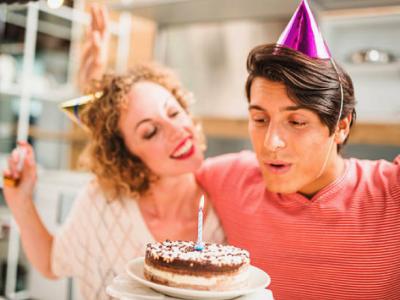 35 frases de aniversário para amigo Tumblr cheias de carinho e parceria