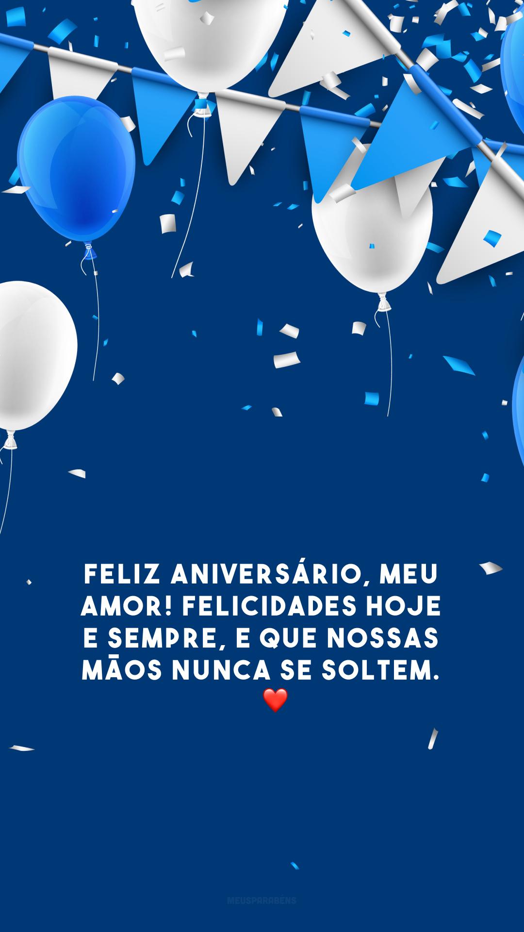 Feliz aniversário, meu amor! Felicidades hoje e sempre, e que nossas mãos nunca se soltem. 👫🏿❤️