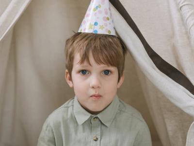 40 frases de aniversário para enteado que mostram o quanto ele é amado