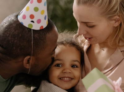 40 frases de aniversário para filha exemplar repletas de orgulho