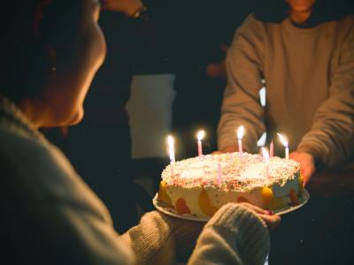 35 frases de aniversário para prima evangélica que abençoam seu dia