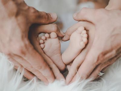 30 frases de mesversário de 1 mês para comemorar a vida do bebê