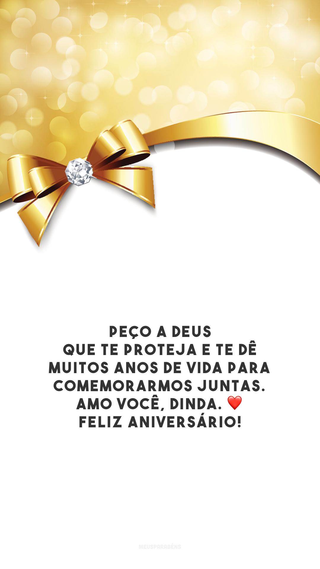 Peço a Deus que te proteja e te dê muitos anos de vida para comemorarmos juntas. Amo você, dinda. ❤️ Feliz aniversário!