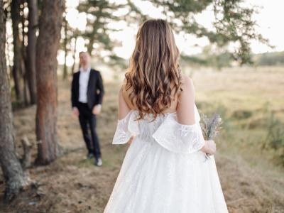 30 frases de 5 anos de casados que celebram as bodas de madeira